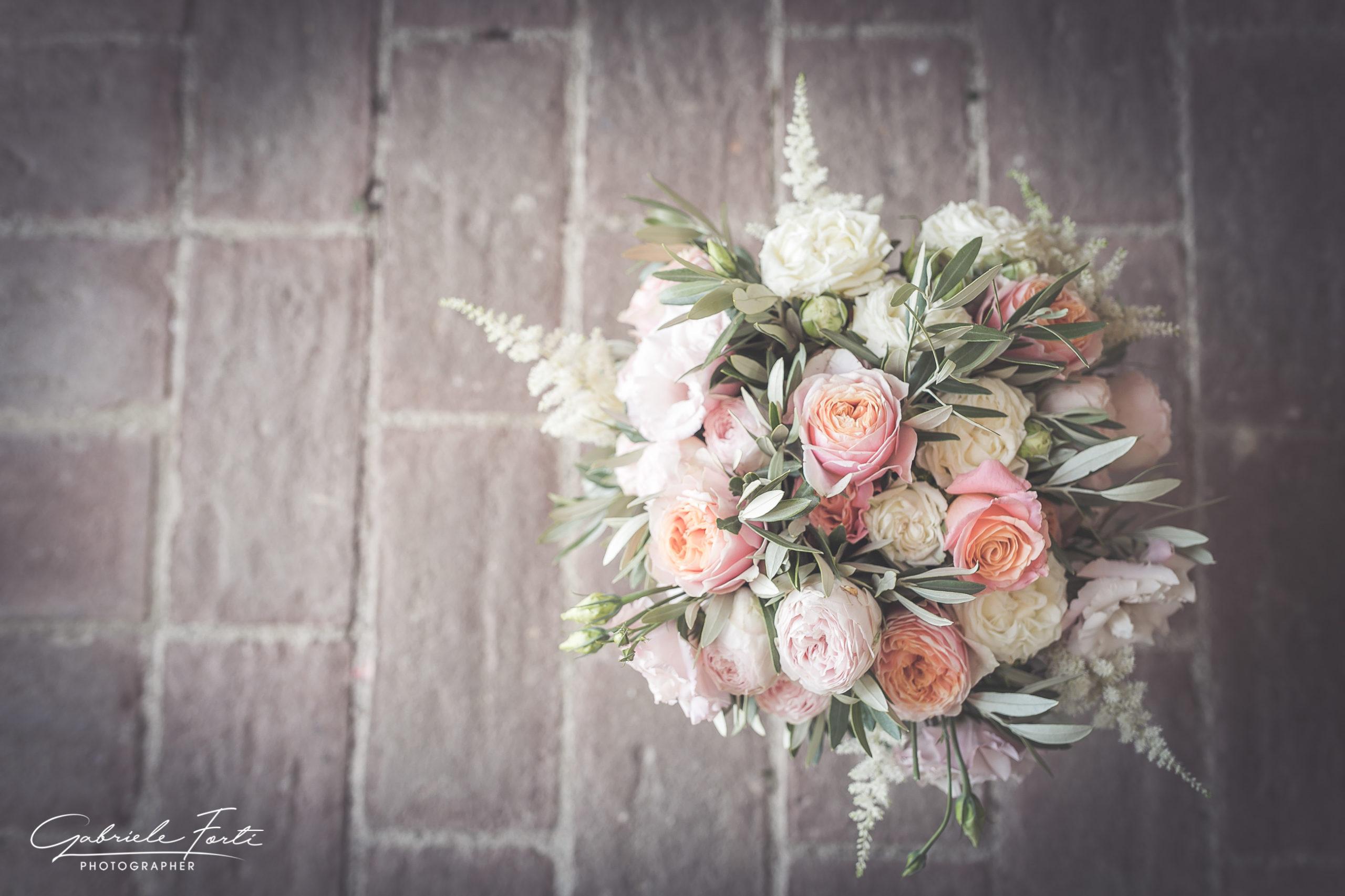 abbazia-san-galgano-tuscany-villa-podenovo-wedding-dress-foto-forti-gabriele-9