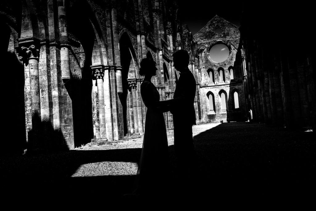 abbazia-san-galgano-tuscany-siena-4