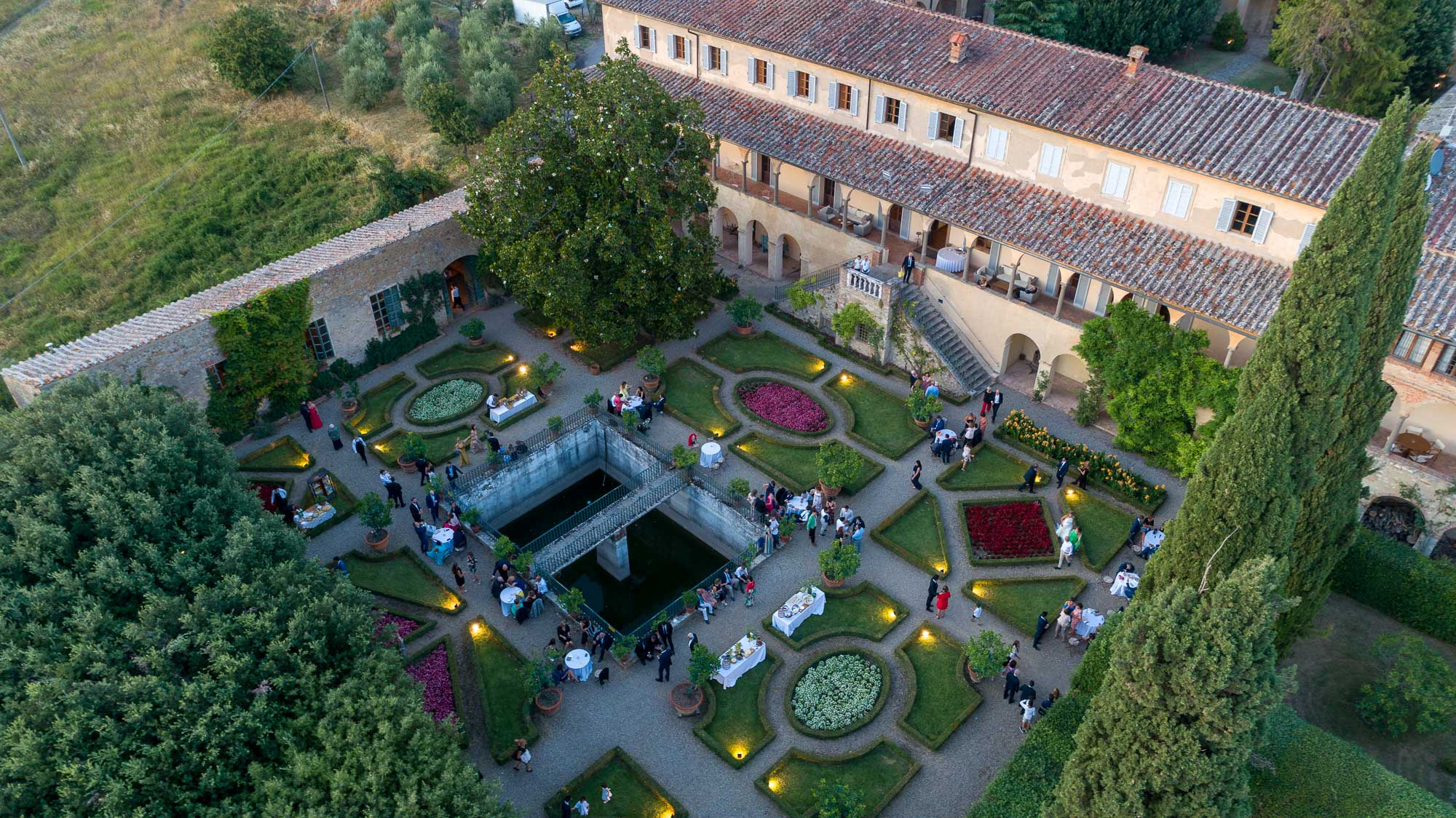 Drone_wedding_tuscany_siena_photo