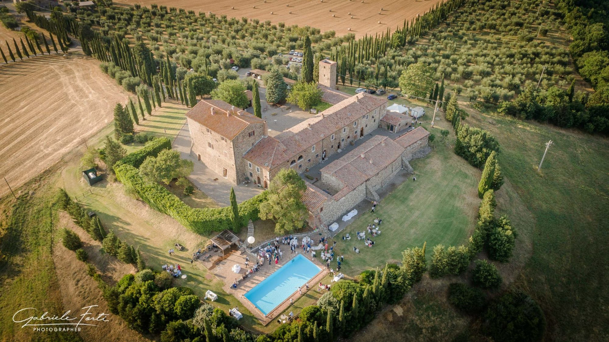 Drone-wedding-tuscany-siena-photographer-rimbecca