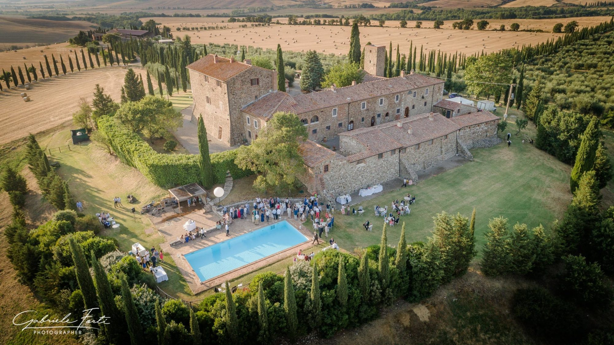 Drone-wedding-tuscany-siena-photographer-la-rimbecca
